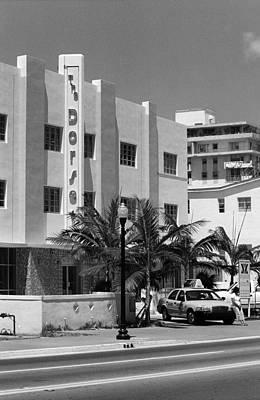 Photograph - Miami Beach - Art Deco 24 by Frank Romeo