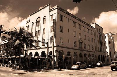 Photograph - Miami Beach - Art Deco 32 by Frank Romeo