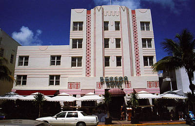 Photograph - Miami Beach - Art Deco 49 by Frank Romeo