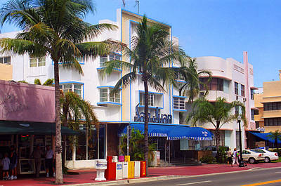 Photograph - Miami Beach - Art Deco 50 by Frank Romeo