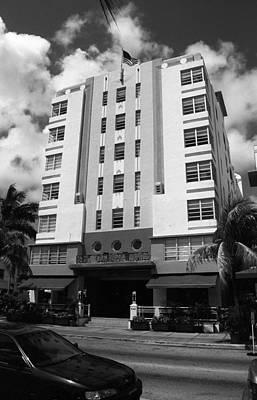 Photograph - Miami Beach - Art Deco 51 by Frank Romeo