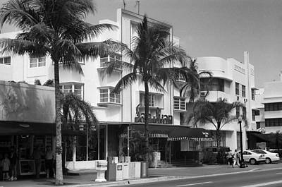 Photograph - Miami Beach - Art Deco 65 by Frank Romeo