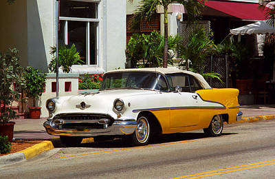 Photograph - Miami Beach Classic Car by Frank Romeo