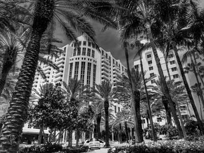Photograph - Miami - Deco District 003 Bw by Lance Vaughn