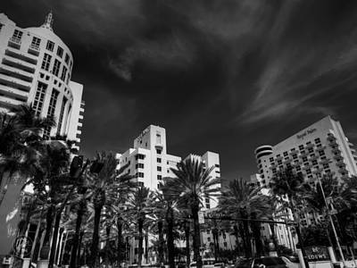 Architecture Photograph - Miami - Deco District 012 Bw by Lance Vaughn