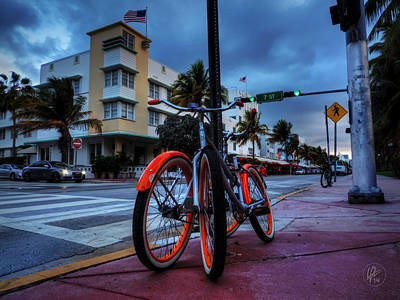 Photograph - Miami - Deco District 021 by Lance Vaughn