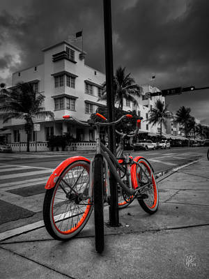 Miami - South Beach Bikes 001 Print by Lance Vaughn