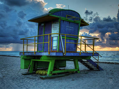 Miami - South Beach Lifeguard Stand 003 Print by Lance Vaughn