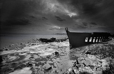 Photograph - Mid-winter Exe Estuary 0231 by Colin Munro
