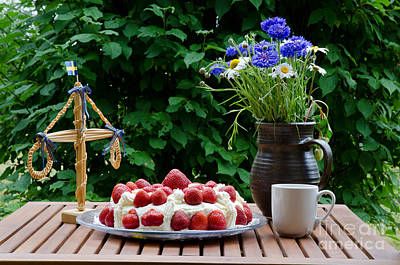 Photograph - Midsummer Table by Kennerth and Birgitta Kullman