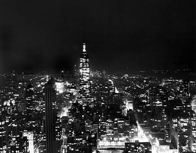 Empire State Photograph - Midtown Manhattan At Night by Underwood Archives