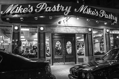 Photograph - Mikes Pastry In Boston by John McGraw