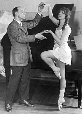 Rehearsing Photograph - Mikhail Mordkin And Student by Underwood Archives
