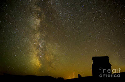 Milky Way Lights The Way. Art Print by Jackie Follett