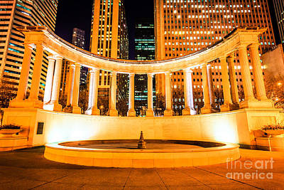 Millennium Monument Fountain In Chicago Art Print by Paul Velgos
