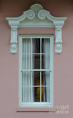 Photograph - Mills House Window by Dale Powell