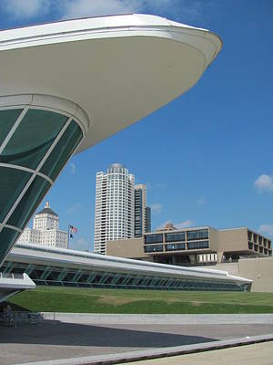 Photograph - Milwaukee Art Museum And War Memorial 1 by Anita Burgermeister