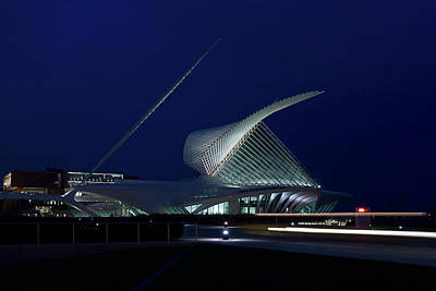 Milwaukee Art Museum Art Print by Chuck De La Rosa