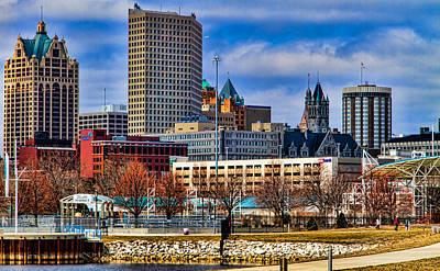 Milwaukee Skyline Photograph - Milwaukee Skyline by Jeffrey Ewig