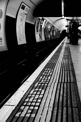Photograph - Mind The Gap by Daniel Woodrum