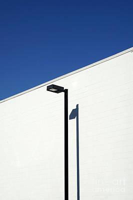 Photograph - Minimalistic Lamppost by John  Mitchell