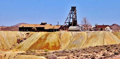 Photograph - Mining In Tonopah by Marilyn Diaz