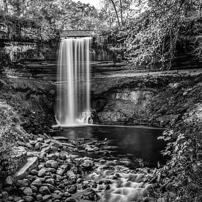 Minnehaha Falls Photograph - Minnehaha Falls by Paul Freidlund