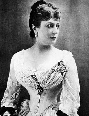 Decolletage Photograph - Miriam Leslie (1836-1914) by Granger