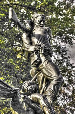 Mississippi At Gettysburg - Defending A Fallen Comrade Art Print by Michael Mazaika