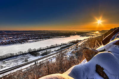 Photograph - Mississippi River Sunrise by Tom Gort
