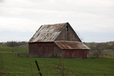 Photograph - Missouri Barn 2014 by Kathy Cornett