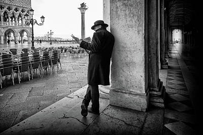 Venice Photograph - Mister B. Still Reads Newspapers by Roswitha Schleicher-schwarz