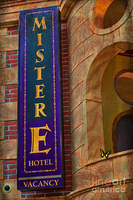 Photograph - Mister E Hotel - Vacancy Sign by Liane Wright