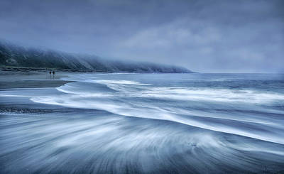 Minimalism Photograph - Mists In The Sea by Fran Osuna