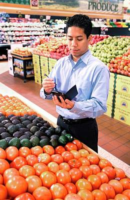 Buyer Photograph - Mobile Phone Nutrition Application by Stephen Ausmus/us Department Of Agriculture