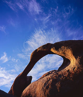 Photograph - Mobius Arch 4 by Tom Daniel