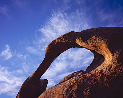 Photograph - Mobius Arch 4h by Tom Daniel