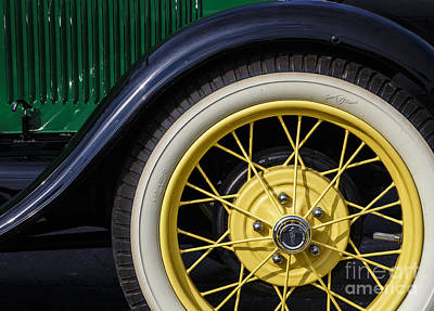 Wire Wheels Photograph - Model A Curves by Dennis Hedberg