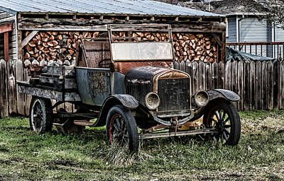 Photograph - Model T by Ron Roberts