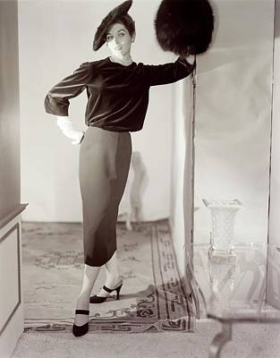 Photograph - Model Wearing A Emme Hat by Horst P. Horst