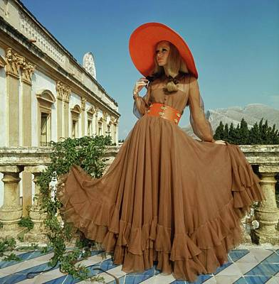 Photograph - Model Wearing Oscar De La Renta by Henry Clarke