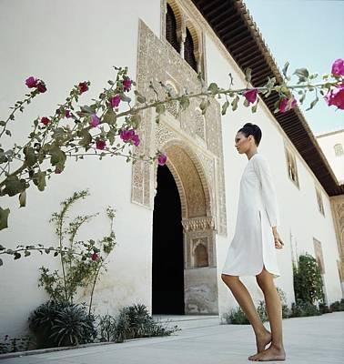 Photograph - Model Wearing Oscar De La Renta by Raymundo de Larrain