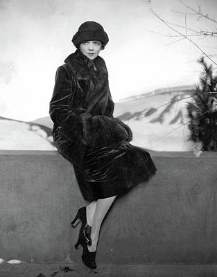 Cloche Hat Photograph - Model Wearing Philippe Et Gaston by Edward Steichen
