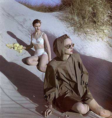 1940s Fashion Photograph - Models On Sand Dunes by Luis Lemus