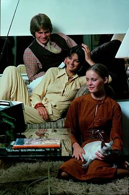 Ralph Lauren Photograph - Models Watching Television by William Connors
