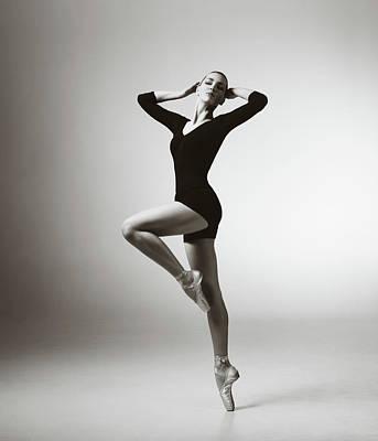 Photograph - Modern Dancer by Lambada