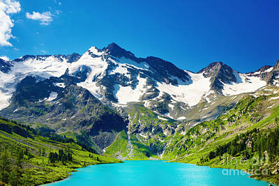 Mointain And Lake Beautiful Art Print by Boon Mee