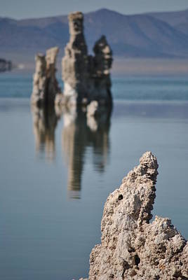 Photograph - Mono Lake 029 by Jeff Brunton