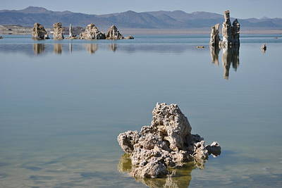 Photograph - Mono Lake 030 by Jeff Brunton