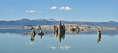 Photograph - Mono Lake Ca 022 by Jeff Brunton